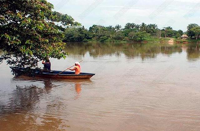 Río Uxpanapa supera nivel máximo, en las Choapas