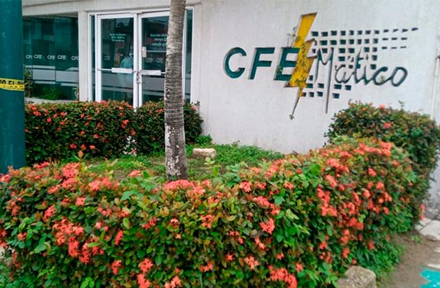 Roban cajeros de CFE en Coatza