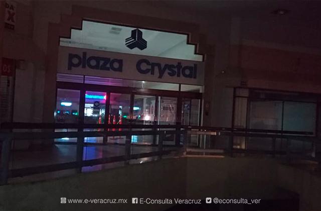 Se roban dos cajeros en plaza comercial de Coatza