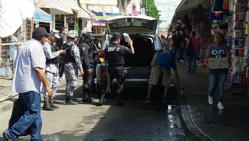 Locatarios detienen a presunto ladrón en zona de mercados de Veracruz