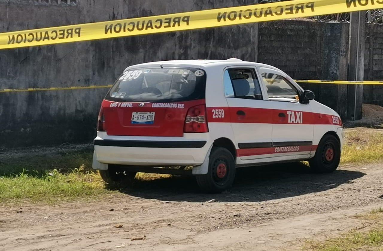 Robo de taxi desata persecución en Coatzacoalcos