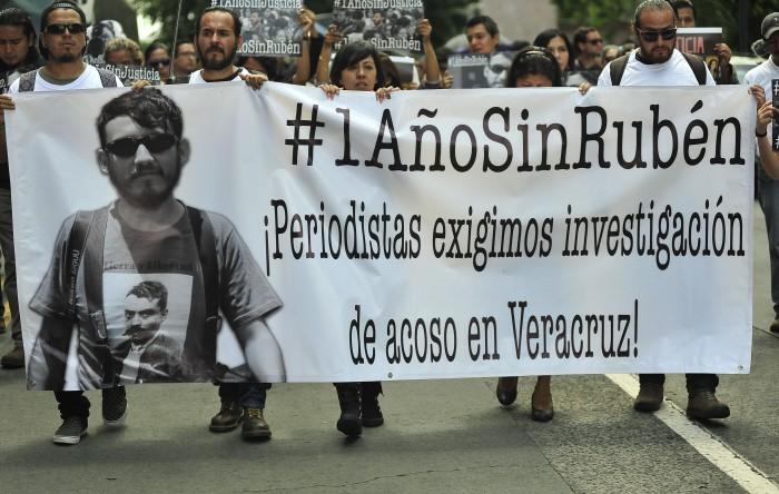 #1AñoSinRubén: Periodistas exigen esclarecer asesinato