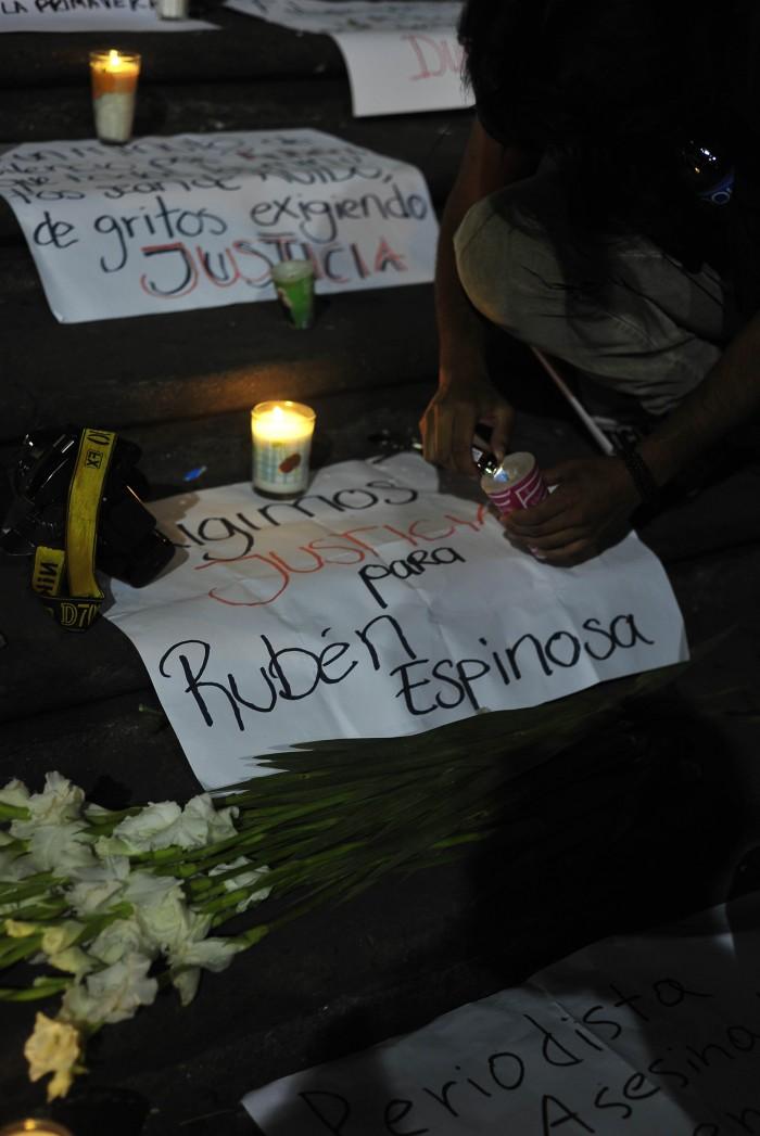 PGR no atraerá homicidio de Rubén Espinosa