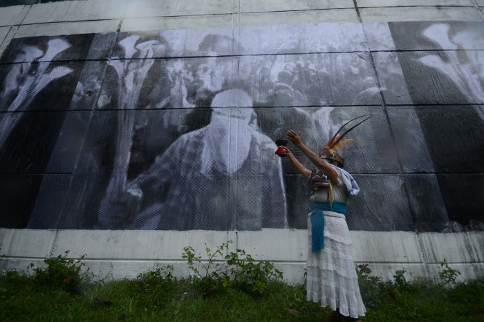 Exigen justicia a un mes del multi-homicidio de Nadia y Rubén
