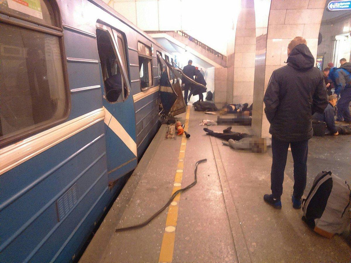 Suman 10 muertos tras explosión en el metro de San Petersburgo