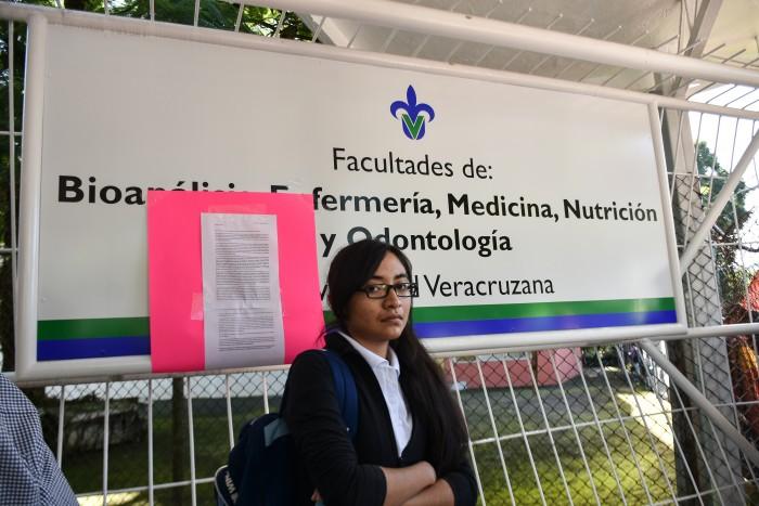 Estudiantes de Ciencias de la Salud de UV toman instalaciones
