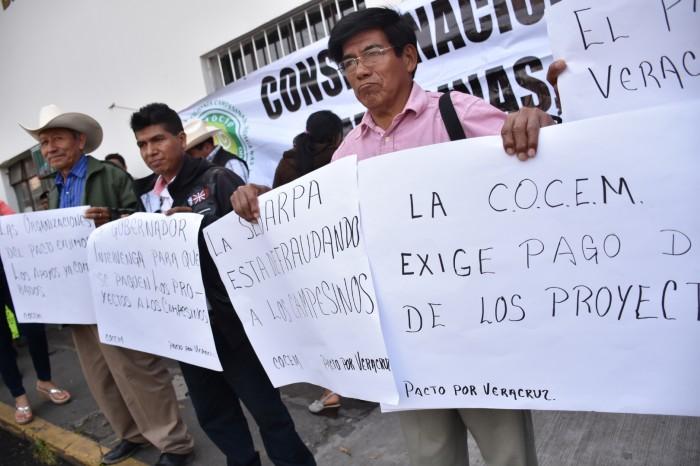 Exigen campesinos de Veracruz aplicación de 610 mdp