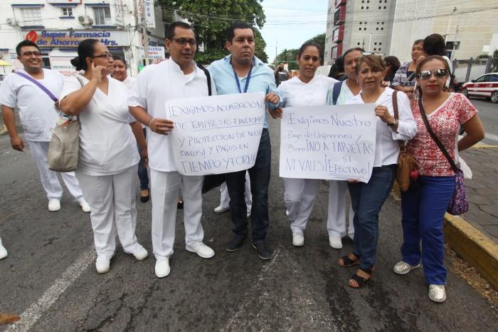 Personal de Salud protesta por caso de empresas fantasma