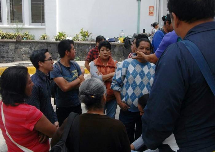 Protesta personal de limpieza del Hospital Civil