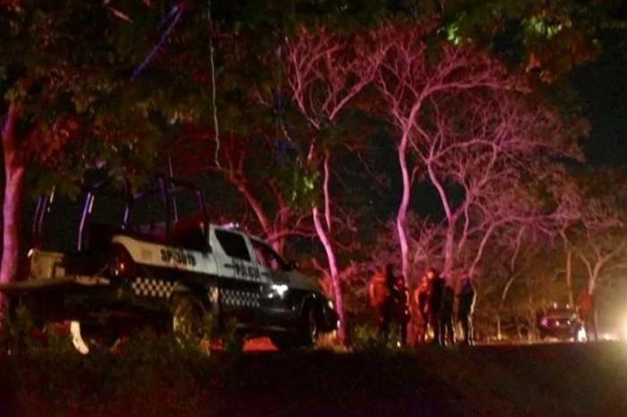 Un muerto y dos policías plagiados por emboscada en San Juan Evangelista