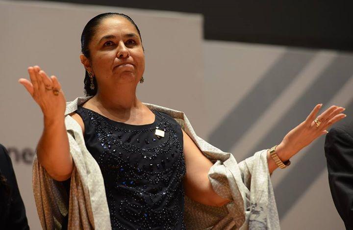 """Es un orgullo que la UV forme """"altos funcionarios"""": Sara Ladrón de Guevara"""