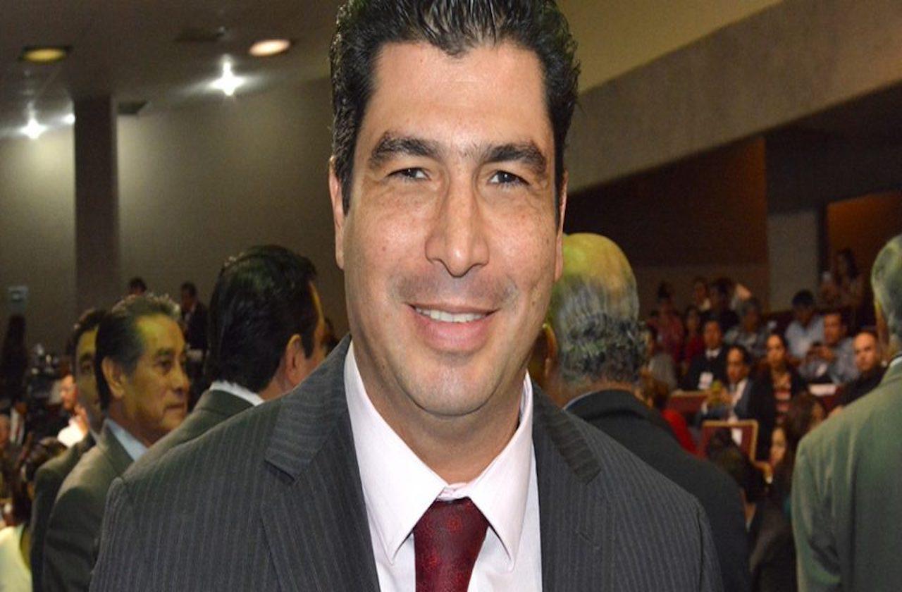 Se confirma alianza PAN-PRD-PRI en Xalapa; van por 93 alcaldías