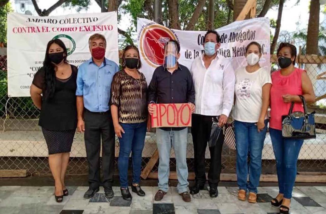 Se manifiestan ante cobros excesivos de luz en Veracruz