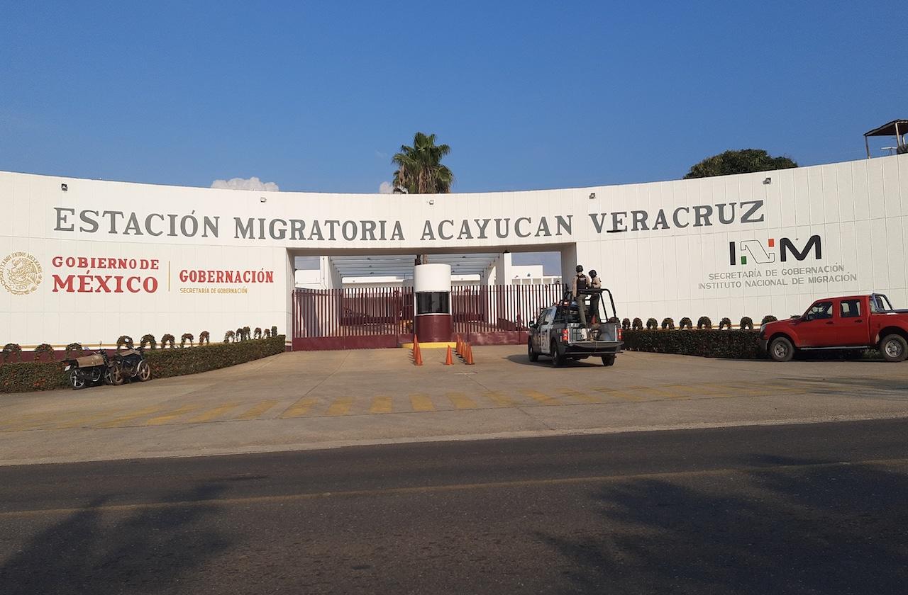 Se registra motín en Estación Migratoria de Acayucan