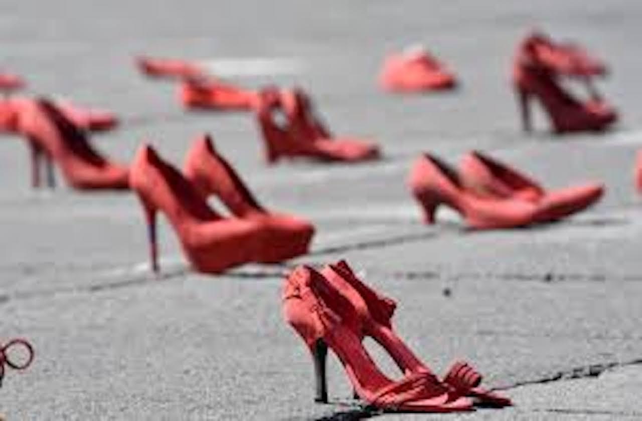 """Se une Marea Verde a campaña """"Zapatos Rojos"""", en Orizaba"""
