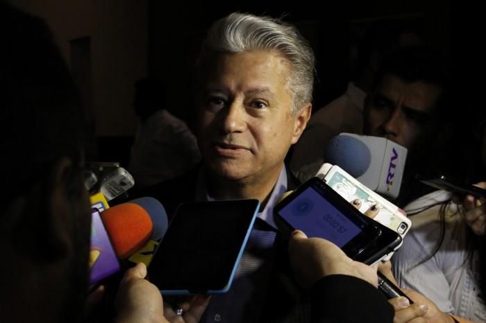 Titular de Sectur dice que no escuchó críticas que le hizo Héctor Yunes
