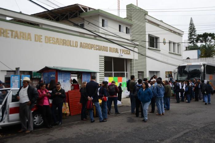 Campesinos protestan en Sedarpa, temen que se repita la falta de pagos