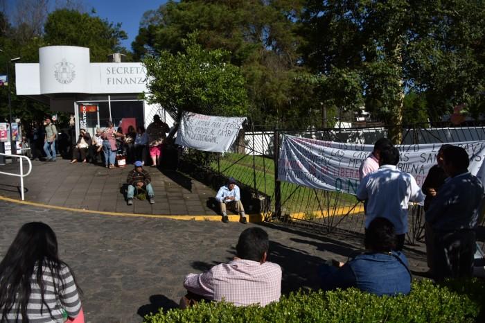 Campesinos exigen a Sefiplan obra pendiente de varios años