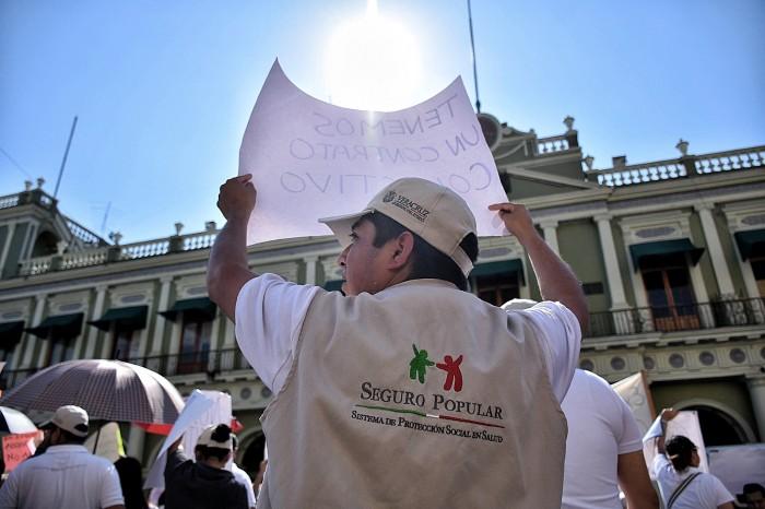 Federación condiciona entrega de recursos del Seguro Popular: diputado