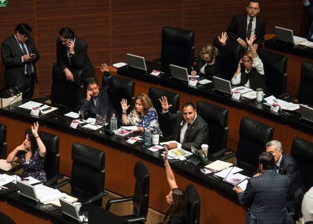 Oposición asegura que nombramientos de AMLO para la CRE, harán daño