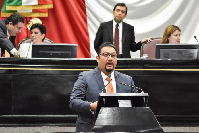 Diputado sale a la defensa de Clementina Guerrero