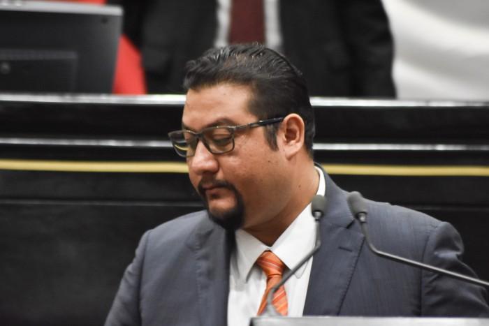 Sergio Rodríguez renuncia a la bancada del PRD