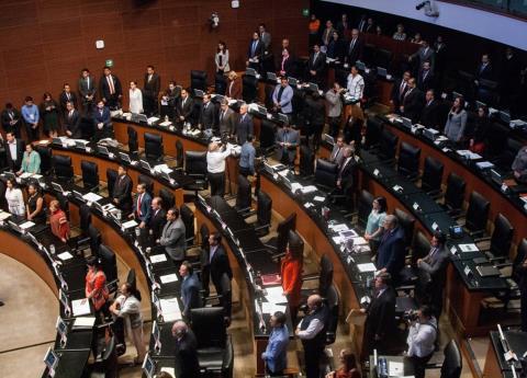 Avala el Senado que el presidente pueda ser juzgado por corrupción