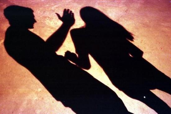 Mujeres enfrentan violencia psicológica, económica y patrimonial