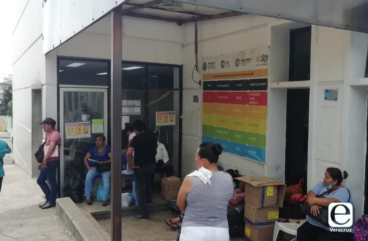 Personal del hospital de Coatza opera desprotegido ante covid-19
