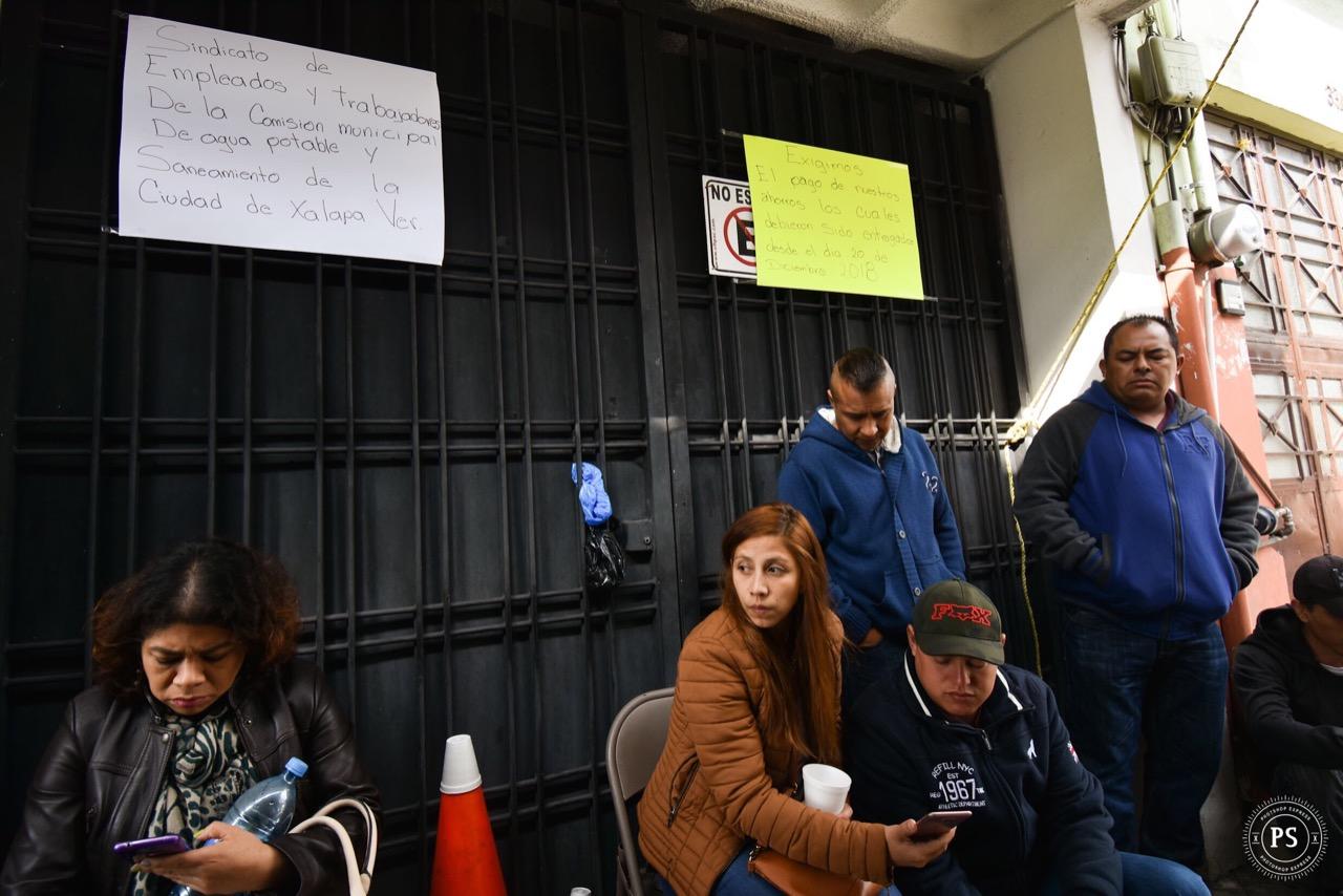 Trabajadores de CMAS Xalapa podrían demandar a su líder sindical