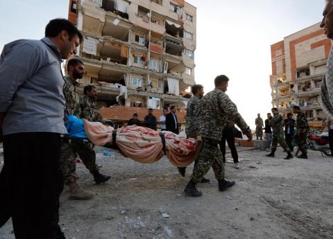 Más de 400 muertos tras sismo entre Irán e Irak