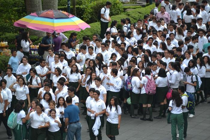 Suspenden clases en Veracruz tras sismo, revisarán escuelas