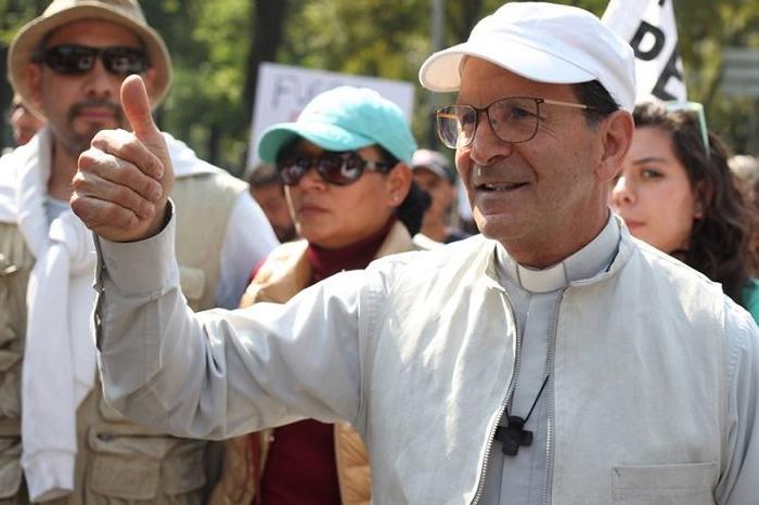 Solalinde pide revisar registros de nueva fosa en Veracruz para buscar a migrantes