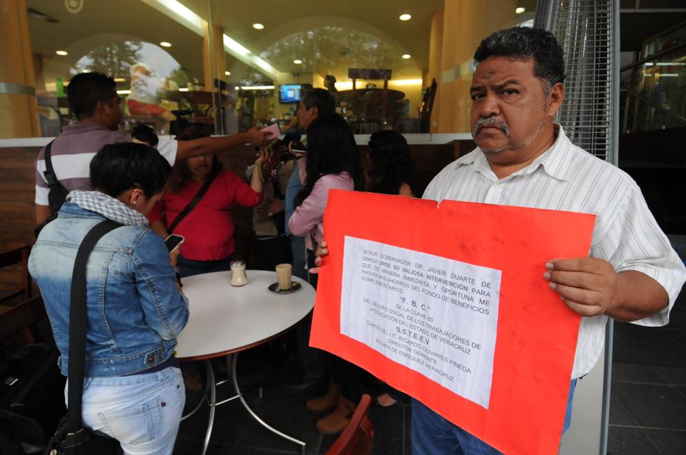 Llueven las quejas contra Ricardo Olivares Pineda
