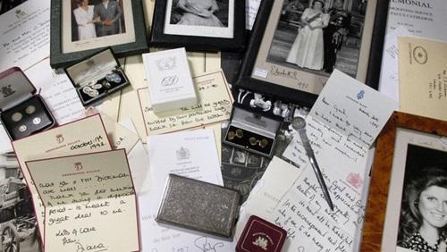 Subastan cartas escritas por la princesa Diana para un mayordomo