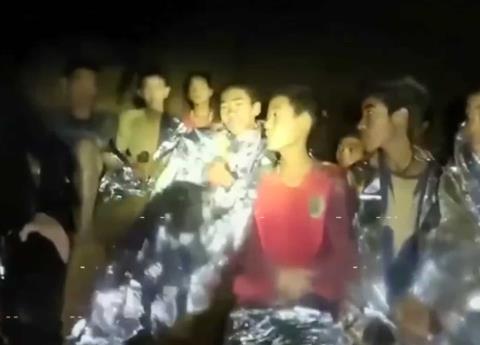 Concluye con éxito el rescate de 12 niños y entrenador en cueva de Tailandia