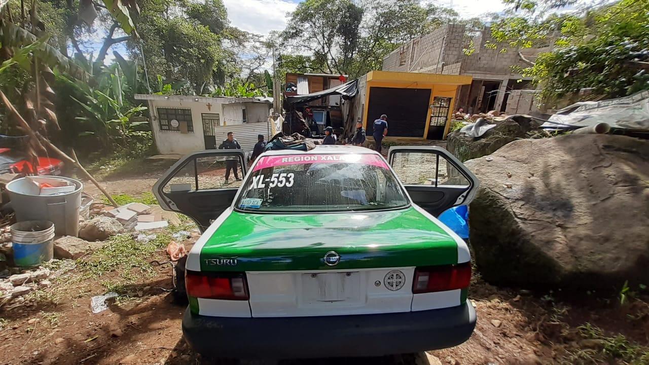 Taxi de Xalapa con reporte de robo fue recuperado en Xico