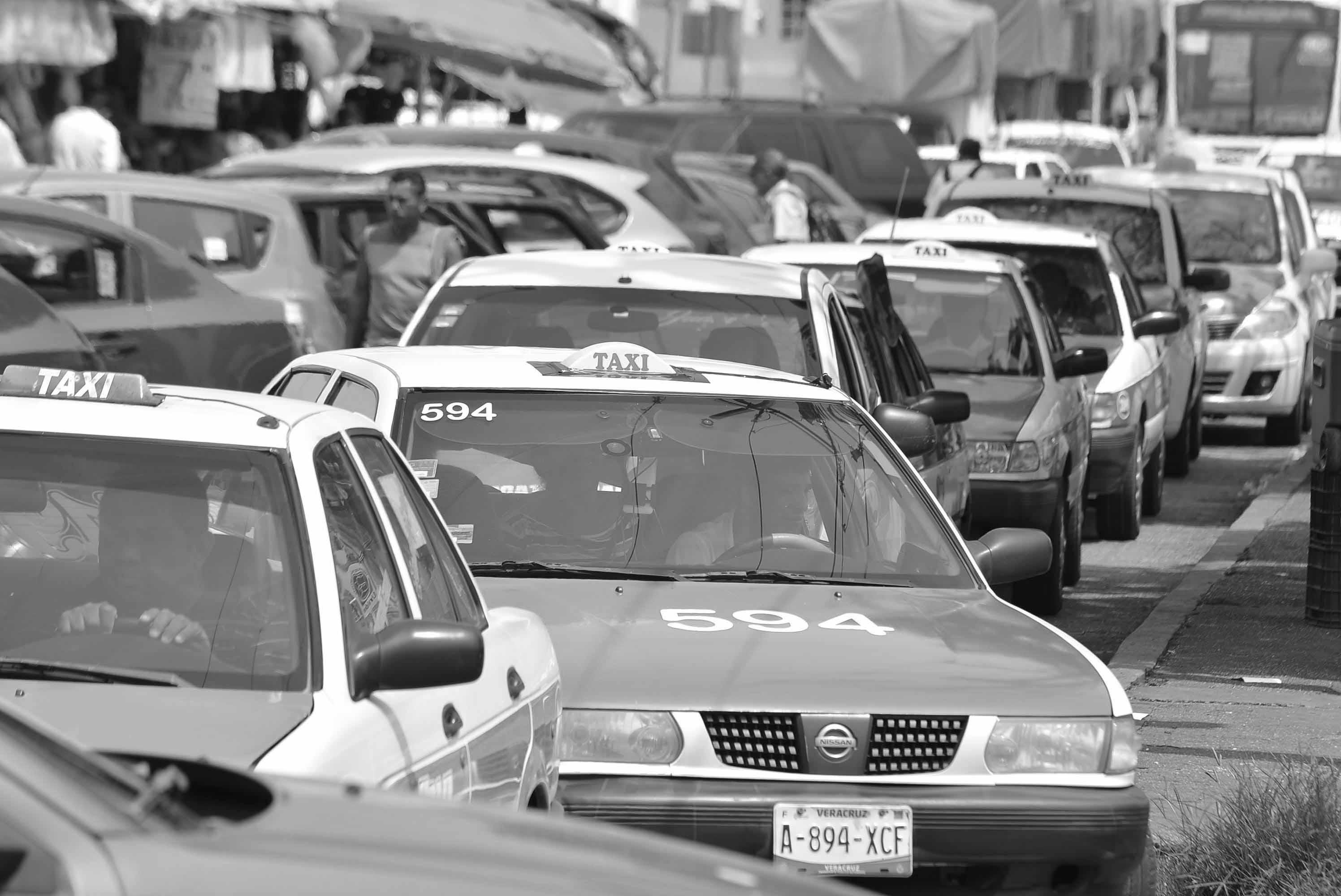 Así es el modus operandi para asaltar y robar taxis en Veracruz