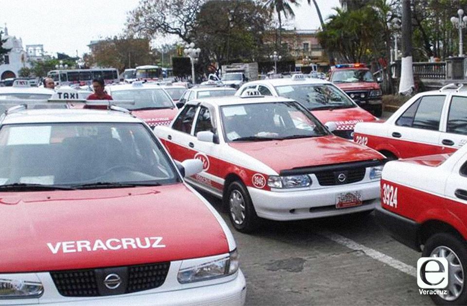 Taxistas jarochos 'brincan' por compañero asaltado y dan con culpables