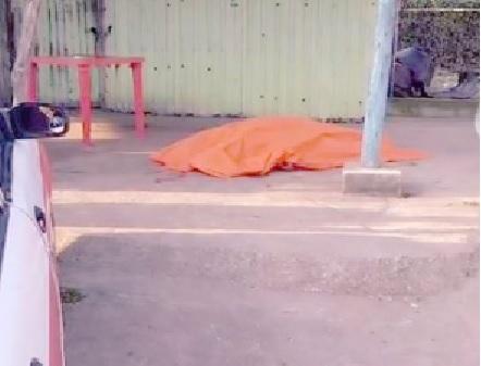 Asesinan a taxista junto a local de carnitas en Coatzacoalcos