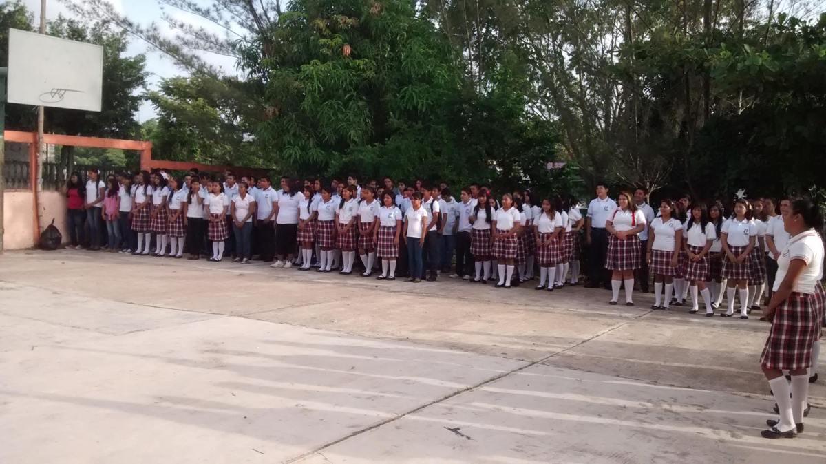 Más de 97 mil alumnos de TEBAEV enfrentan carencias y falta de profesores