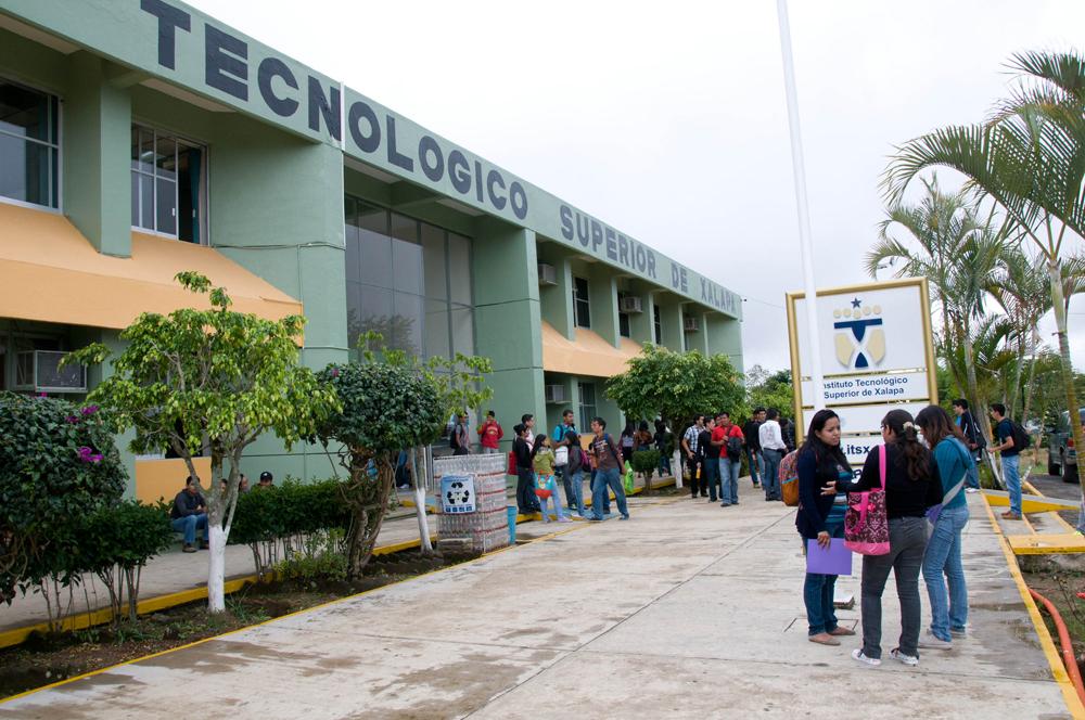 Ocurre explosión dentro de las instalaciones del Tec de Xalapa