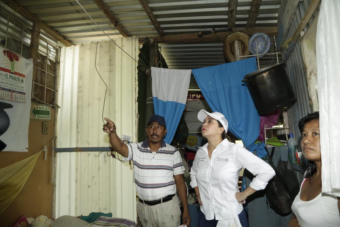 Con techos firmes mejoramos calidad de vida de los veracruzanos: Anilú Ingram