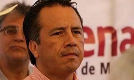 Asegura Cuitláhuac que la mujer lesionada en su evento ya está bien