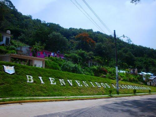 Hallan cadáver de mujer en camino a Tlalnelhuayocan