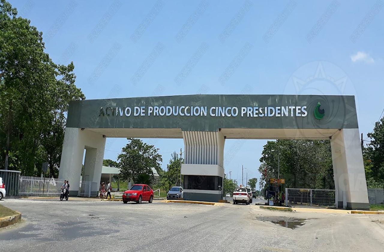Trabajadores piden 800 plazas de Pemex en Agua Dulce