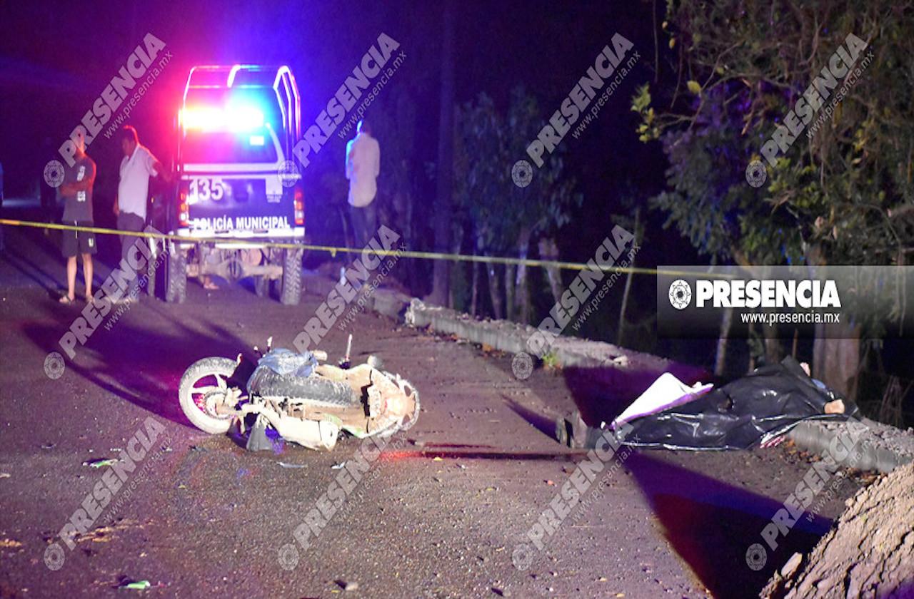 Tráiler atropella a familia en carretera de Las Choapas