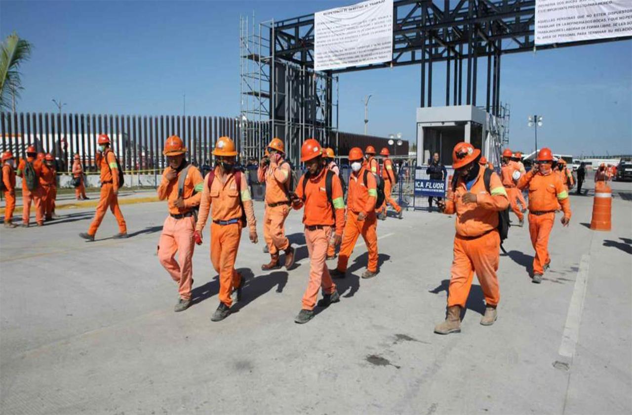 En refinería de Dos Bocas hay outsourcing: trabajador