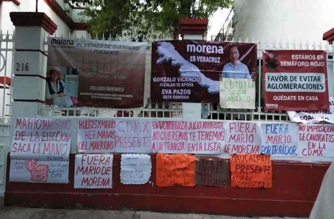 Tras firmar alianza en Veracruz, protestan en sede nacional de Morena