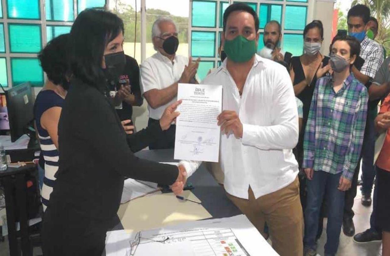 Tras apretada contienda, Isleño se queda con alcaldía de Medellín